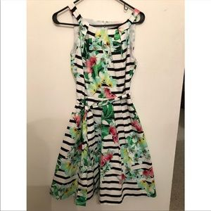 Leslie Fay striped floral dress, size 6.